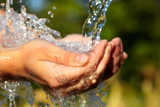 agua-da fonte-beber.jpg